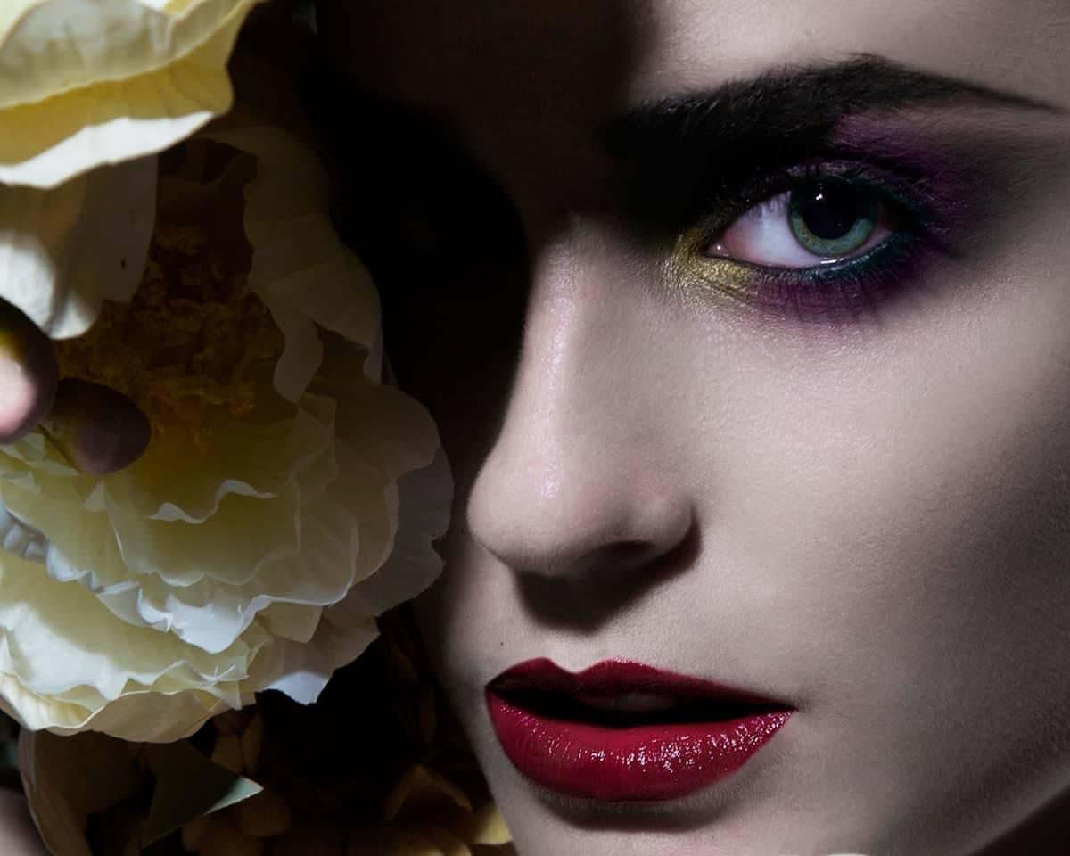 Nueva web para la escuela de maquillaje en Valencia Gloss Make Up School