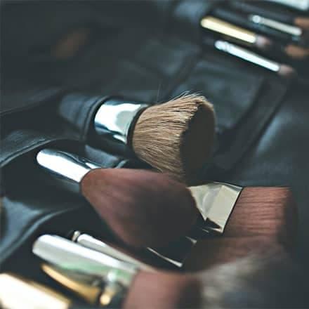 Página web para la empresa de maquillajes en Valencia Gloss Make Up Club